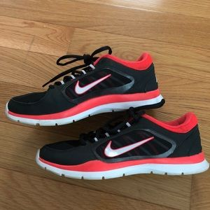 Black and pink Nike training sneakers